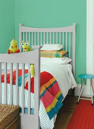 peinture grise pour chambre le magazine ripolin repeindre un lit c est facile