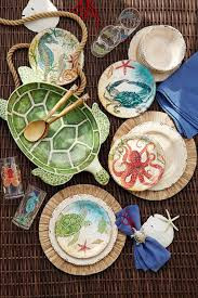 outdoor melamine dinnerware for summer that looks like china