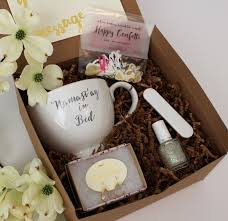 bridesmaids invitation boxes 182 best bridesmaid gift ideas images on bridesmaid