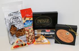 Wisconsin Cheese Gifts Meat And Cheese Gift Box With Summer Sausage And Wisconsin Cheeses