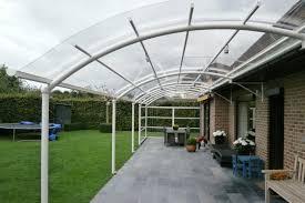 terrasse transparente toiture transparente pour terrasse 8 avantages abris de
