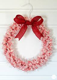 candy wreath how to make a candy wreath craft for christmas live craft eat