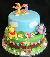 winnie the pooh cakes winnie the pooh birthday cake best 25 winnie the pooh cake ideas