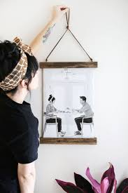 make your own wood frame poster hanger click through for