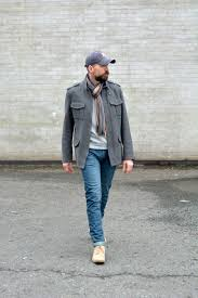 can men in their 40s wear a baseball cap without looking scruffy