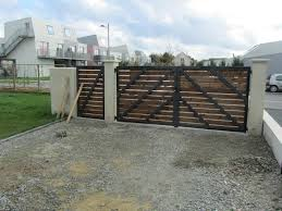 construction d une serre de jardin en bois comment fabriquer un portail en bois maison paille passive44
