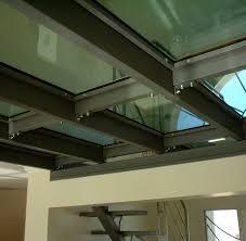 faience en verre pour cuisine sol transparent installez un carrelage en verre travaux com