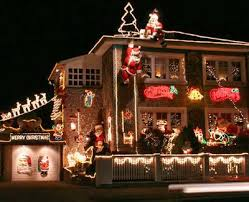 when does the great christmas light fight start apos the great christmas light fight apos houses so decorated