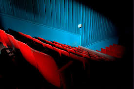 amc spending 600 million to add recliners to movie theaters the