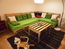 fabriquer un canap en palette 30 idées pour fabriquer canapé avec des palettes idées de