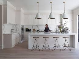 cuisine contemporaine ikea cuisine blanc laque plan travail bois 15 cuisine ikea sur
