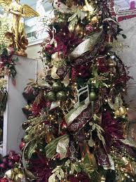 Professional Christmas Tree Decorators 1754 Best Christmas Trees Images On Pinterest Xmas Trees Blue