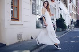 maxi dress u0026 converse chucks trend styling the l fashion