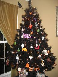 decorated halloween trees tree decorating ideas for halloween blog treetopia com