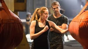 be divergent a diy tris costume is perfect for halloween