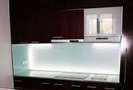 cuisine en verre crédence en verre personnalisée pour cuisine righetti