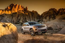 jeep grand cherokee trailhawk 2017 jeep grand cherokee adds trailhawk updates summit packages