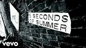 download mp3 you look so beautiful in white 5 seconds of summer she looks so perfect lyric video youtube