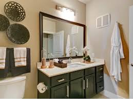 Armstrong Bathroom Cabinets by Armstrong At Knox Rentals Dallas Tx Apartments Com