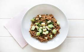 cuisiner le petit eautre salade de petit épeautre concombre ciboulette ally