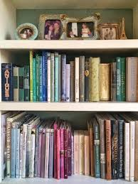 Annie Sloan Painted Bookcase Maison Decor Tinted Lampshades And A Bookcase Makeover