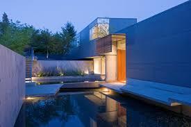 flowing esquimalt house by mcleod bovell modern houses