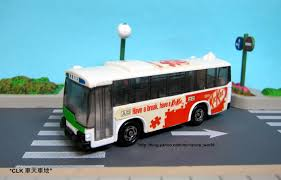 tomica mitsubishi fuso clk u0027s model car collection clk の車天車地 tomica wrapping bus