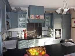 cuisine bordeaux mat cuisine cottage avec portes en chêne massif l p n s concept et