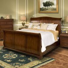 Sleigh Bed Pictures by New Classic Whitley Court Queen Sleigh Panel Bed Great American