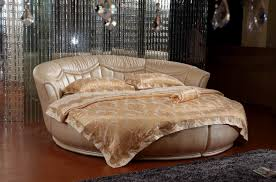 Bed Ideas by Vilenno Queen Size Modern Style Round Leather Platform Bed White