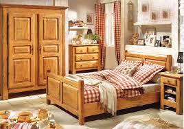 chambre à coucher bois massif chambre en bois massif massif meuble chambre bebe bois massif