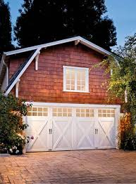 Cottage Style Garage Doors by 73 Best Garage Door Makeovers Foto Finish Friday Images On
