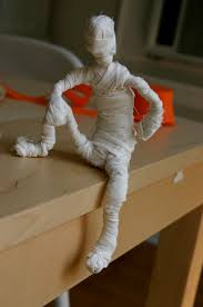 totally cute wire forms wrapped in torn muslin poseable mummies