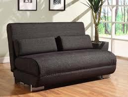 salon canapé noir 20 design élégant canapé convertible pour votre salon designdemaison