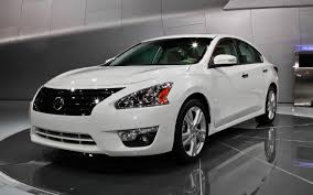 nissan altima for sale wisconsin video find nissan altima sedan explodes into 2013 model in new ad