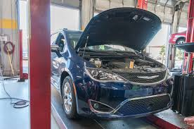 2017 chrysler pacifica limited long term test the first service stop