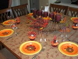 kids thanksgiving decorations a thanksgiving table for kids thegalagals