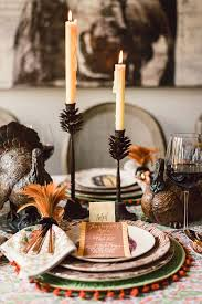 decorating a thanksgiving table blue door living