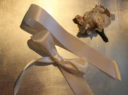 How To Make A Corsage Wristlet How To Design A Ribbon Wrist Corsage By Angie Strange Of Posh