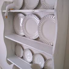 Shabby Chic Spice Rack 70 Cm H Shabby Chic White Plate Display Rack With Cup Hooks
