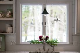Christmas Decorations For A Window Sill by Decorating Windows Doors And The Mudroom For Christmas U2013 Celia
