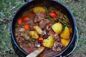 cuisine sud africaine plat traditionnel sud africain le potjiekos restaurants cuisine