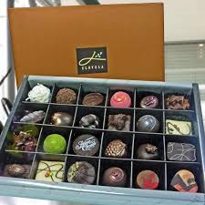 chocolate delivery singapore praline gourmet chocolates delivery chocolate