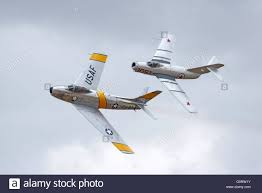 airplanes korean war vintage jet fighters flying at the 2016