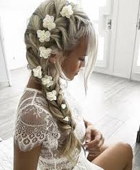 flowergirl hair 33 flower girl hairstyles girl hairstyles simple flowers