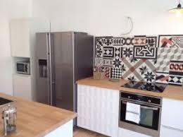 cuisine du frigo intégrer un frigo américain dans sa cuisine