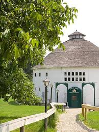 Round Barns In Wisconsin Ultimate Food Trails In Wisconsin And Michigan Midwest Living