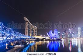 Bay Bridge Light Show Marina Sands Bay Art And Science Museum Helium Bridge At Night