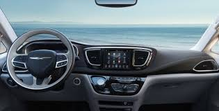 chrysler steering wheel 2017 kia sedona vs 2017 chrysler pacifica comparison review by