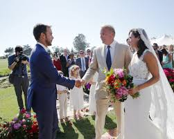 cox wedding dress kevin costner s oldest marries in santa barbara photo
